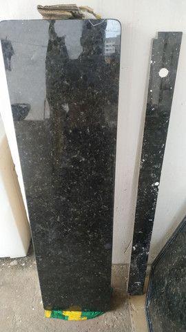 VENDO PIA COM CUBA (0,61x1,47cm) E BALCÃO (1,52x0,40cm) EM GRANITO PRETO SÃO GABRIEL - Foto 6