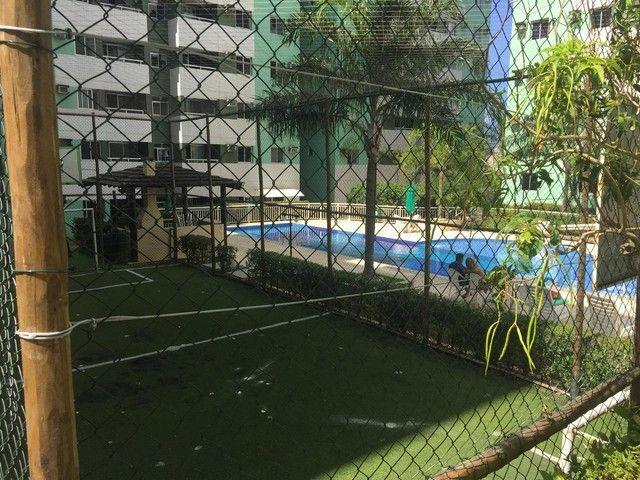 Apartamento para venda Lauro de Freitas, possui 60 metros quadrados com 2 quartos - Foto 18
