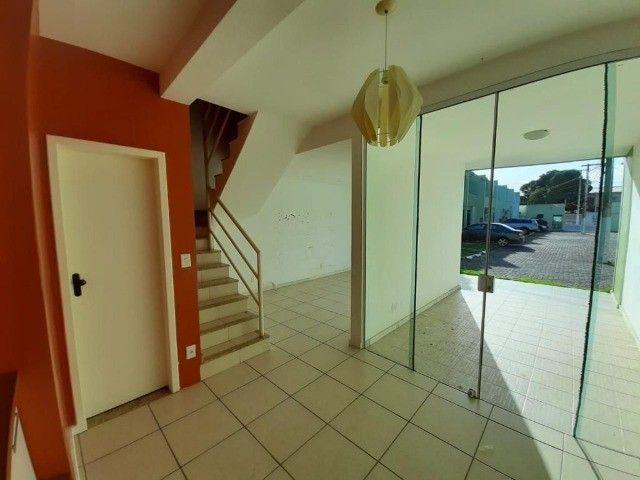 Maravilhosa casa em condomínio na Glória - Foto 3