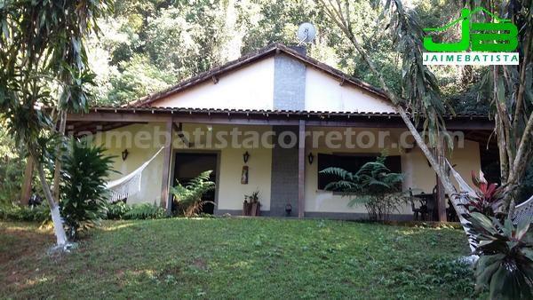 Ótimo sítio 90 mil m² c/ 3 casas em Vale das Pedrinhas - Guapimirim/RJ - Foto 2