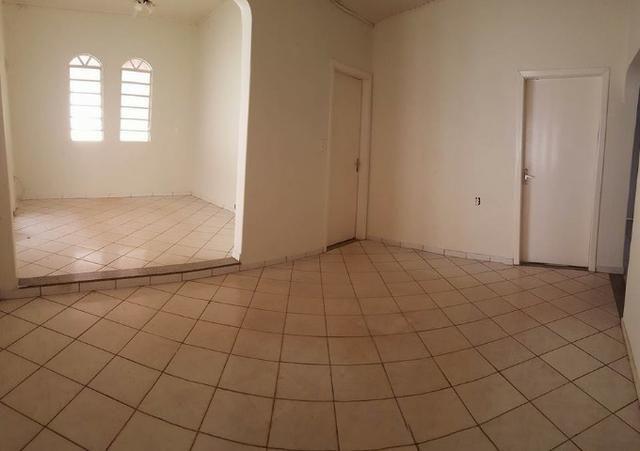 Casa 4 quartos + Edicula, 193 m², em 2 lotes na 806 sul