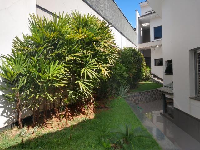 Linda casa no bairro Aurélio Caixeta em Patos de Minas/MG - Foto 20