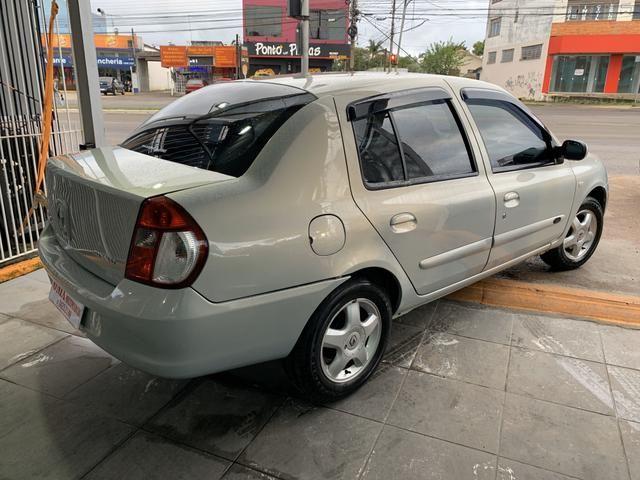 Clio 1.6 privilege sedan completo - Foto 3