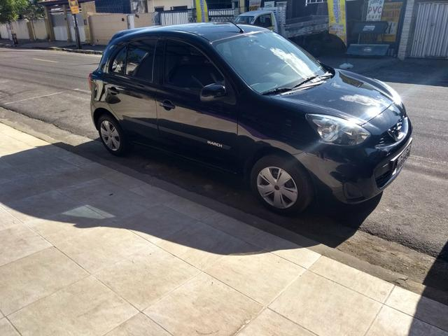 Nissan March S Completo