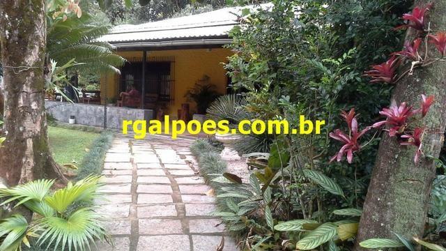 G 1423, Sítio de 2.000m² com piscina, churrasqueira próximo a Rio-Petrópolis - Foto 17