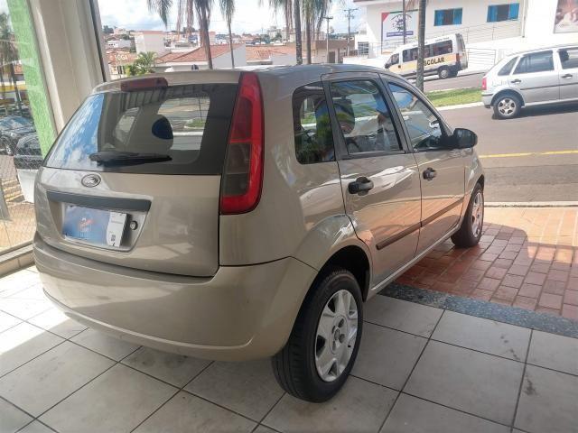 Ford Fiesta Hatch 1.0 Flex c/ Hidráulica *Apenas R$990,00 Entrada + 48x R$499,00 - Foto 6