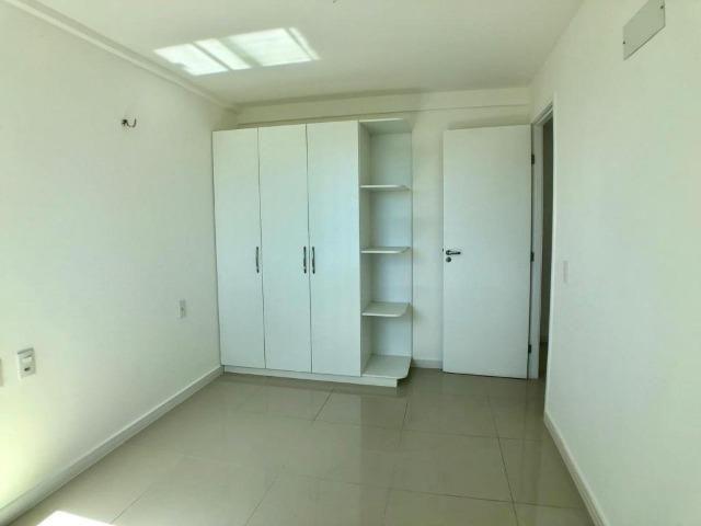 AP0645 Apartamento com 3 suítes e 3 vagas no Ed. Padre Joaquim Dourado - Foto 2