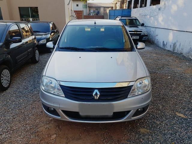 Renault Logan Expression 2013 - Foto 3