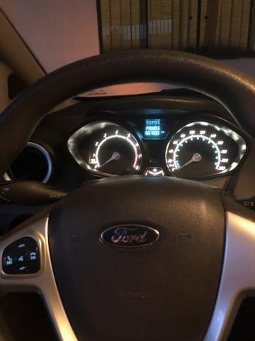 Vendo New Fiesta Sedan 1.6 2014 - Foto 5