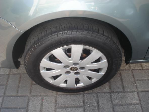 Volkswagen Fox 1.6 Mi Total Flex 8V 5p - Foto 4