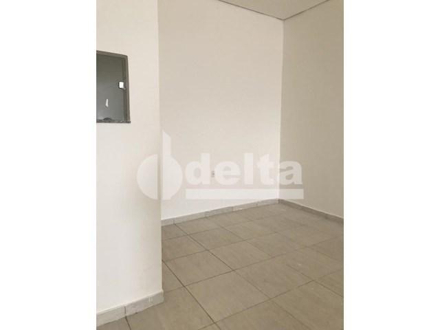 Escritório para alugar em Loteamento residencial pequis, Uberlândia cod:577882 - Foto 3