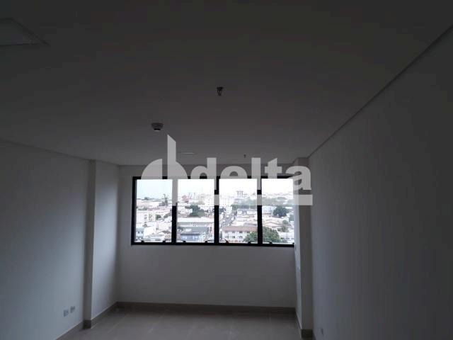 Escritório para alugar em Tibery, Uberlândia cod:590167 - Foto 5