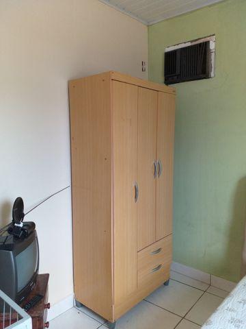 Aluga-se kitnet mobiliada em ótima localização - Foto 5