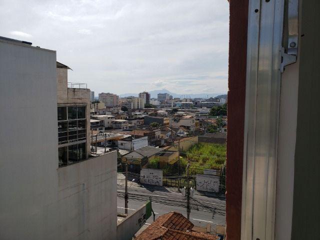 Apartamento 2 Quartos Elevador e Porteiro 24h Cascadura - Foto 3