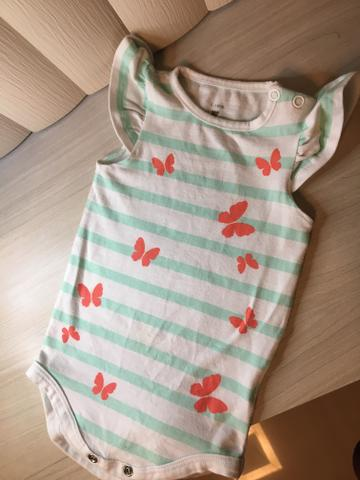 Lote banheira e roupa para bebê - Foto 6