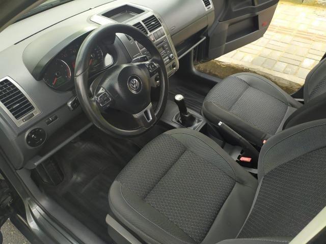 Volkswagen Polo Sedan 1.6 Comfortline 2013 - Foto 6