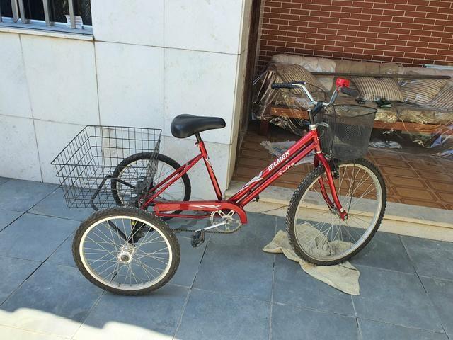 Triciclo vendo ou troco