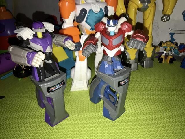 Coleção de bonecos transformes - Foto 2