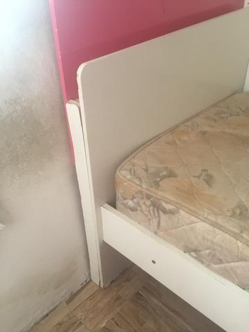 Vendo cama com colchão - Foto 4