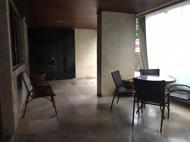 APARTAMENTO 4/4 , 02 SUÍTES 140m2 NA PITUBA RUA AMAZONAS OPORTUNIDADE R$ 529.900,00 !!! - Foto 3