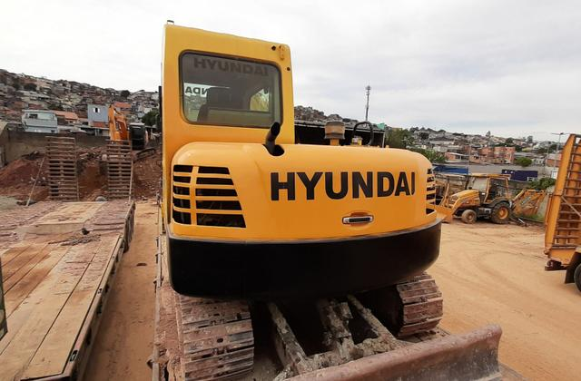 Escavadeira 8 Toneladas Hyundai 2010 - Foto 5