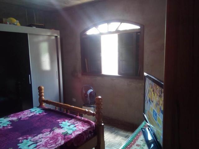 Vendo uma bela casa em local muito agradável pra quem gosta de tranquilidade. - Foto 3
