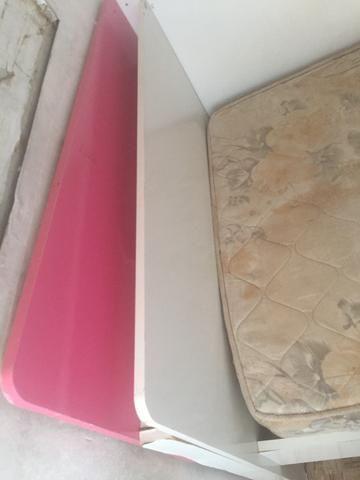 Vendo cama com colchão - Foto 2