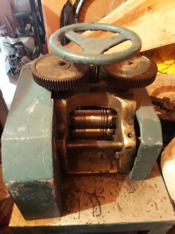 Vendo laminador eletrico para ourives fio chapa - Foto 6
