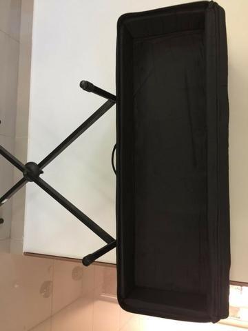 Em Unaí - Case e suporte para teclado musical - Foto 4