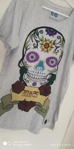 Camisetao Semi Novo M - Foto 2