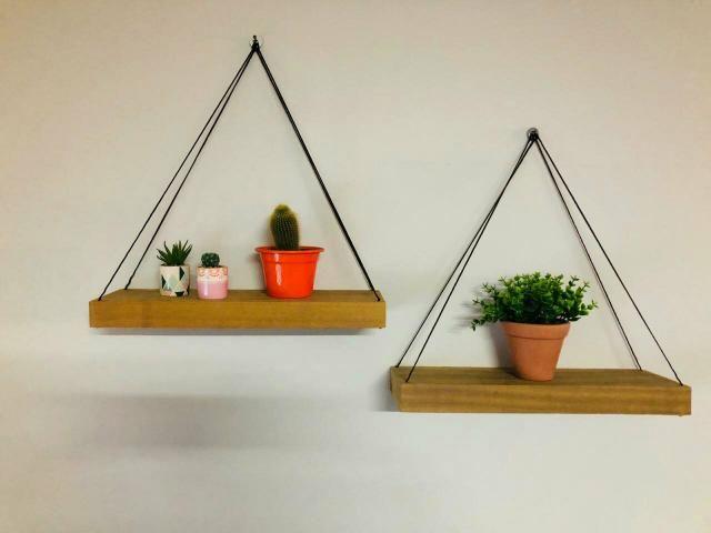 2 prateleiras para plantas livros e fotos R$ 80,00