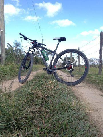 Bike aro 29 Somente venda,venha negociar! - Foto 3