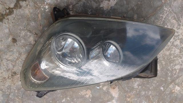 Farol Vectra GT 2007/2009 lado esquerdo