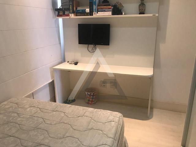 Apartamento mobiliado, nascente, andar alto 4 quartos em Patamares/Salvador-BA - Foto 15