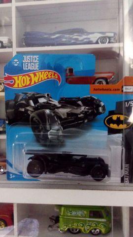 Hot Wheels 2018 -Justice League Batmobile - Foto 2