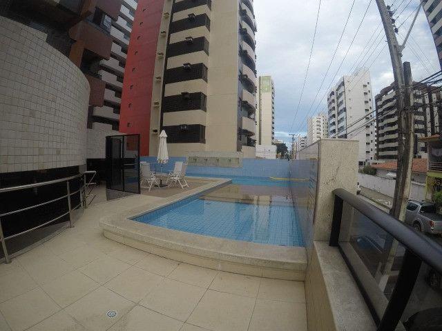 Apartamento 3 Quartos +DCE, Varanda, Completo de Armários - Ponta Verde - Foto 18