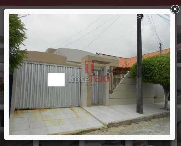 Ótima Casa a venda em Campina Grande, com 04 vagas de garagem, 05 quartos sendo 01 suíte