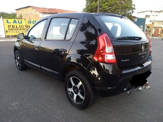 Renault Sandero 1.6 Expression 8V Manual top!!!