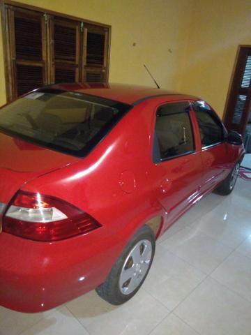 Carro sedam