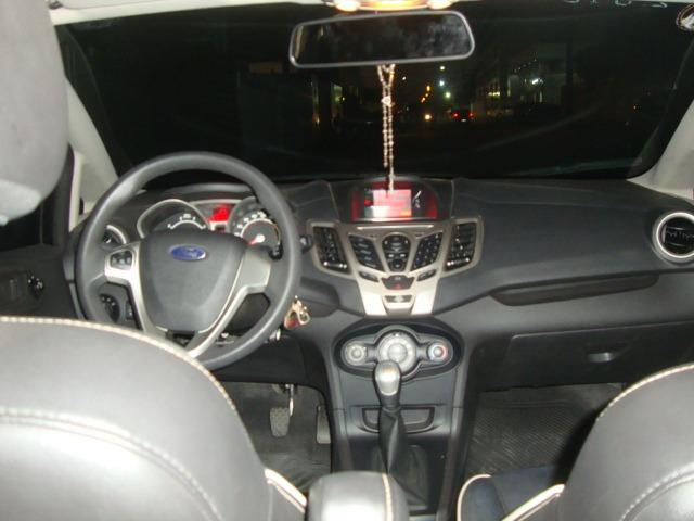 New Fiesta se sedan 1.6 8V Flex 5P - Foto 4