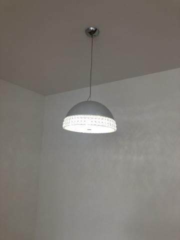 Lustre com lâmpadas de LED