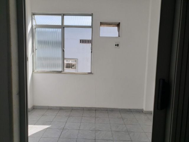 Apartamento 2 Quartos Elevador e Porteiro 24h Cascadura - Foto 7