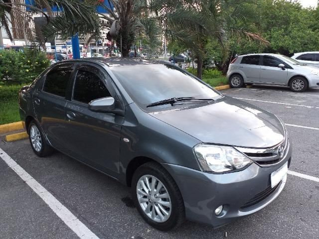 Etios Sedan XLS 1.5 16V 2014 Mec. Completo com GNV - Foto 2