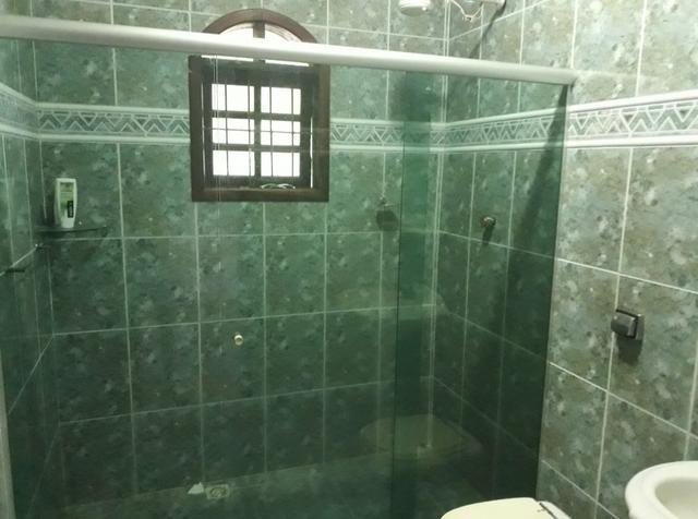 Casa espetacular. 3 quartos, piscina vaga para 3 carros - Foto 3