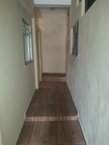 Alugo Casa em Correas - Foto 2