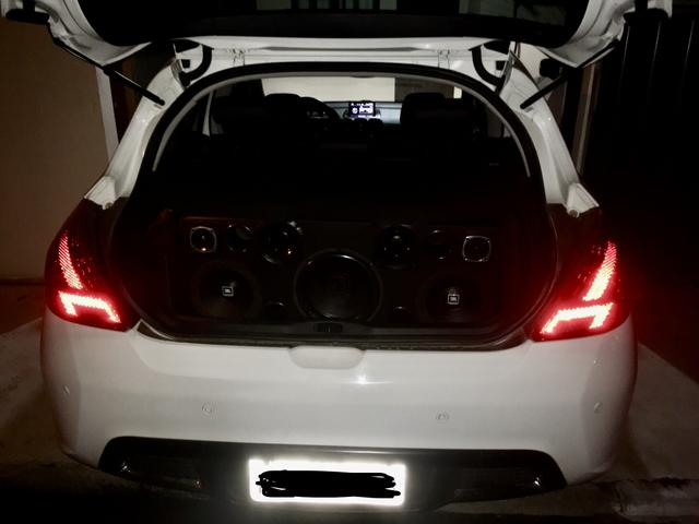 Peugeot 308 - 2012 - Foto 11