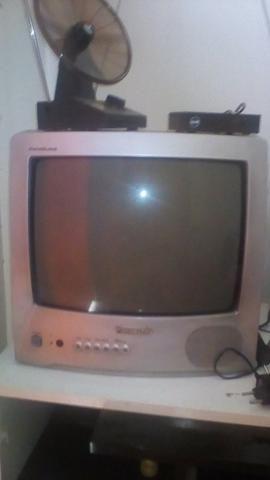 Tv Panasonic 14 de tubo 300,00 - Foto 2