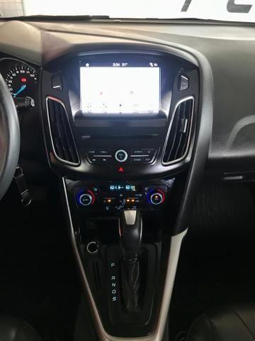 Focus Hatch 2.0 SE Plus 2018 Branco Garantia de Fábrica - Foto 8