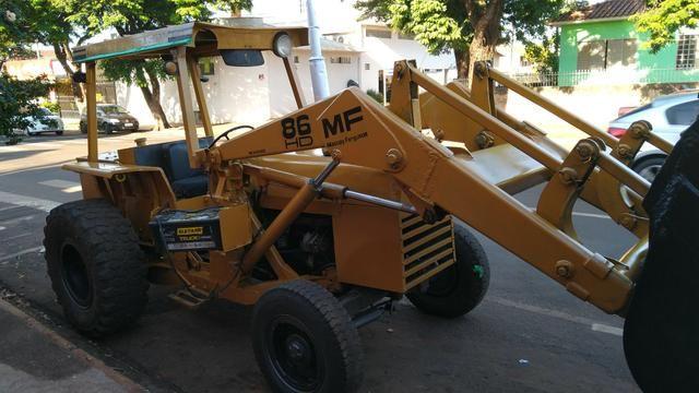 Trator Pá Carregadeira Massey Ferguson 86 - Foto 2