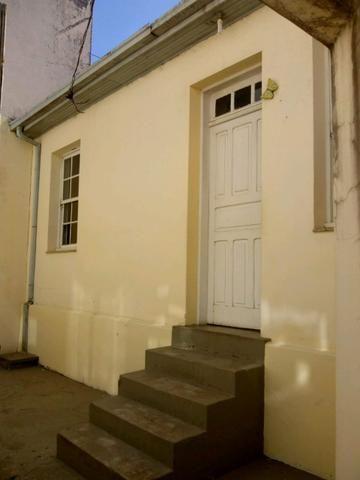 Alugo casa residencial ou comercial